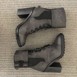 Tory Burch Broome Boots